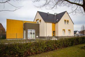 Revitalisierung und Ergänzung eines leerstehendes ehemaliges Bahnhofgebäude