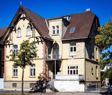 Architekturbüro Hinkelmann | Denkmalpflege - Herrenhaus aus dem Jahr 1848